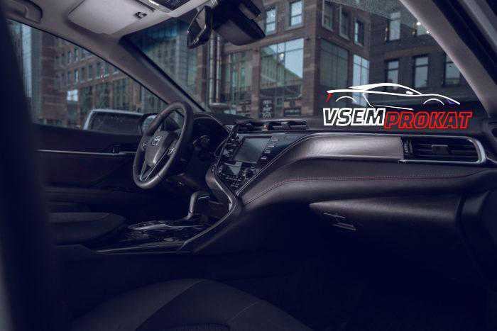 Toyota Camry KHAN III vsemprokat